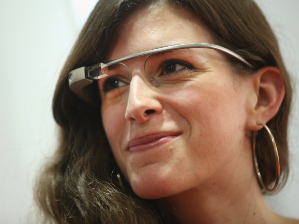 Intel and Luxottica partnership has produced Super Glasses for Athletes