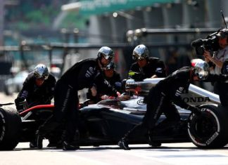 McLaren Honda crew soon to use 'hitoe' wearable sensor clothing in Formula One Racing